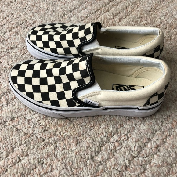 vans checkerboard size 5.5
